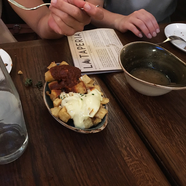 patatas bravas el nacional barcelona