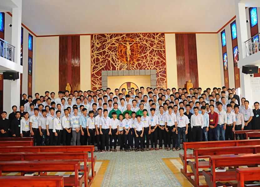 Tĩnh tâm mùa hè cho các em dự tu nam tại Chủng viện Qui Nhơn