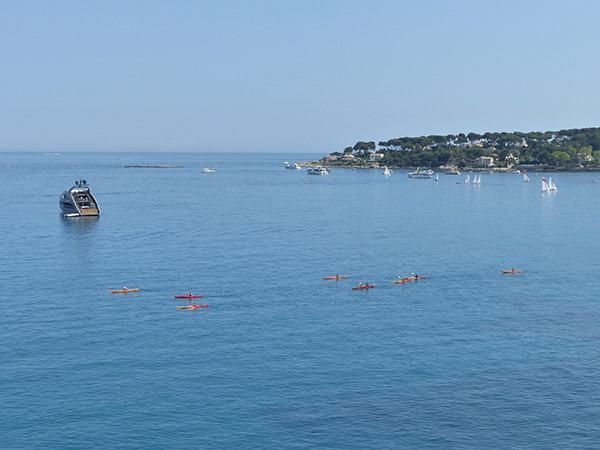 la mer à Antibes