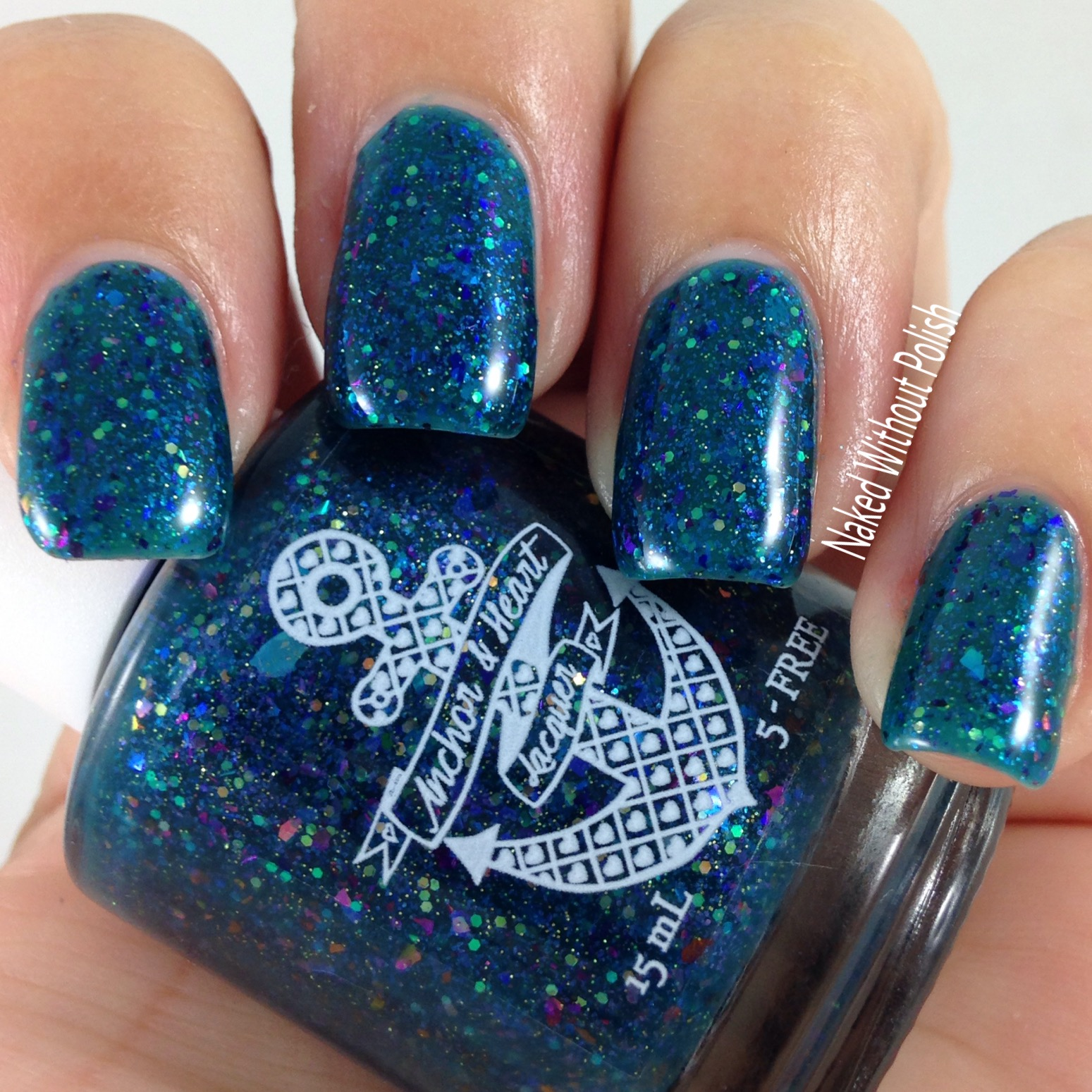Anchor-and-Heart-Lacquer-Sparkle-On-Darling-6