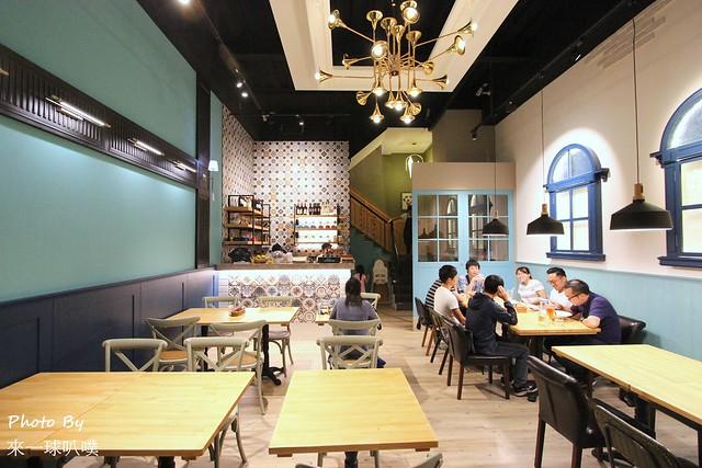 佐式義餐酒館66