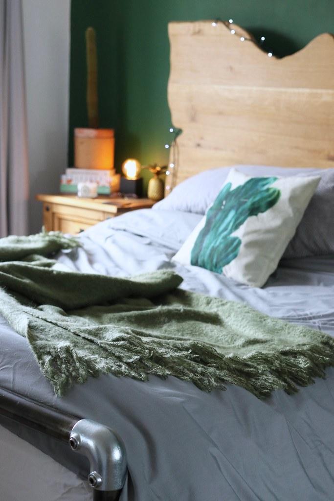 lifestyle, bedroom interiors, interiors, green room, rooi, katelouiseblog, industrial lighting, how to style bedroom, bedroom styling,