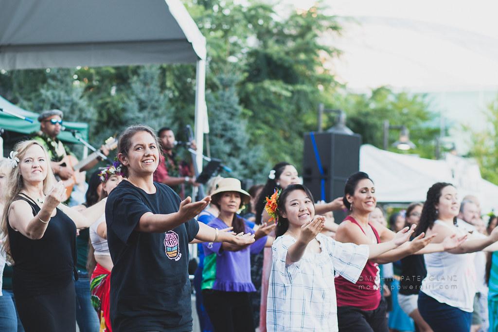 audience hula to kuana torres kahele at 2017 live aloha hawaiian cultural festival seattle