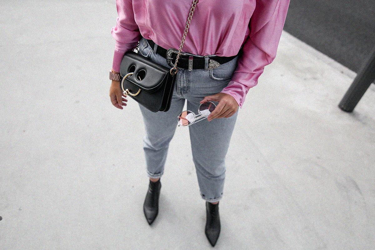 blusa con hombreras rosa asos look back to 80s