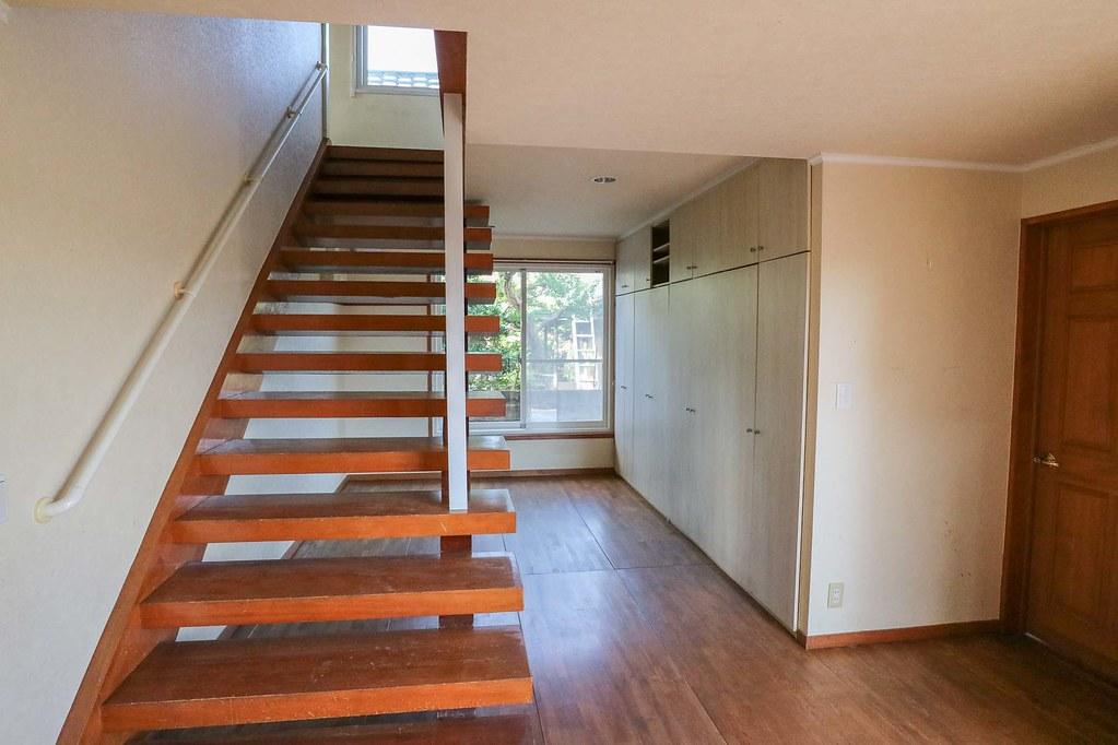 材木座のちゅうこ戸建:玄関ホール