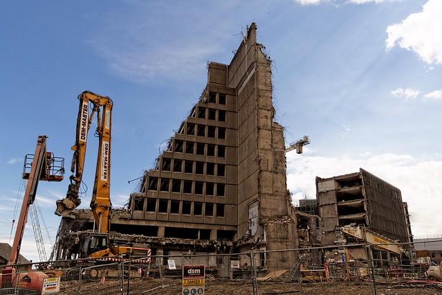 Demolition of Brutalism, Sony SLT-A77V, Tamron 16-300mm F3.5-6.3 Di II PZD