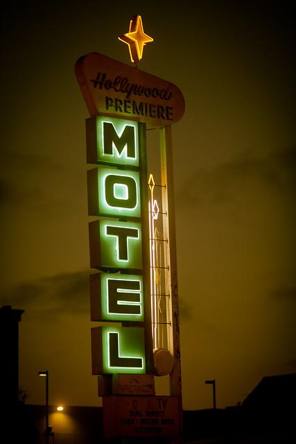 Hollywood Premiere Motel