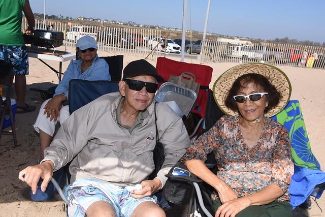 Dad and Mom Enjoying, Nikon D810, AF-S Nikkor 28-300mm f/3.5-5.6G ED VR