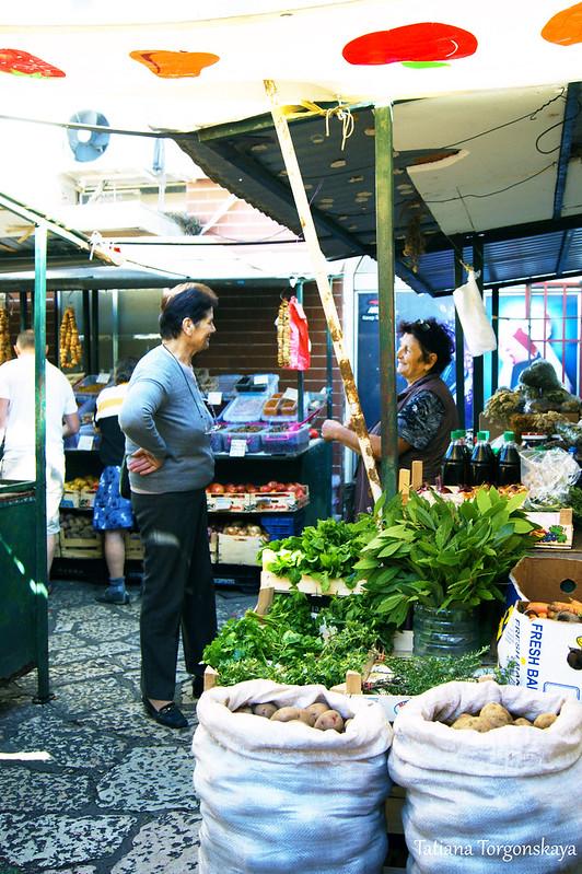 На рынке в Херцег Нови
