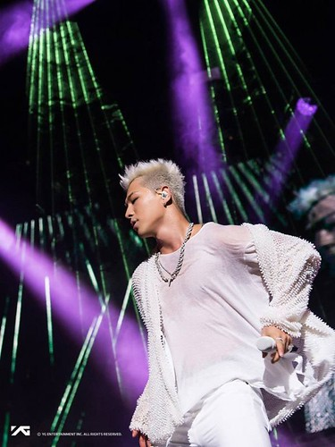 Taeyang Official Photos WHITE NIGHT in New York 2017-09-01 (1)