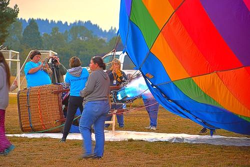 albany albanyoregon oregon balloon balloons hotairballoons hotair artairfestival atiartairfestival festival morning sunrise early wife gaylene milf kirt kirtedblom edblom easyhdr hdr nikon nikond7100 nikkor18140mmf3556