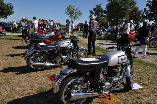 Norton Motorcycle Display (1)