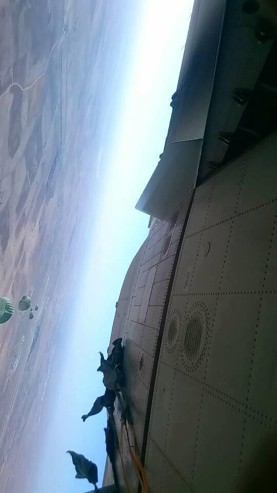 موسوعة الصور الرائعة للقوات الخاصة الجزائرية - صفحة 63 37231150001_d85d188b5a_b