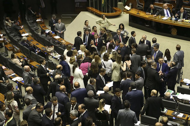 Votação foi polêmica com bate-boca e empurrões no plenário - Créditos: Valter Campanato/Agência Brasil