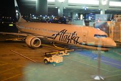 Alaska N469AS 737-900ER PDX 10-25-16 1