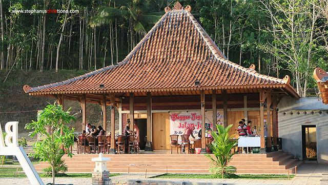 Pendopo Joglo Batoer Hill Resort