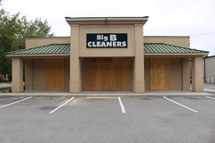 Georgia Big B Cleaners Boarded Up Pre Irma Valdosta