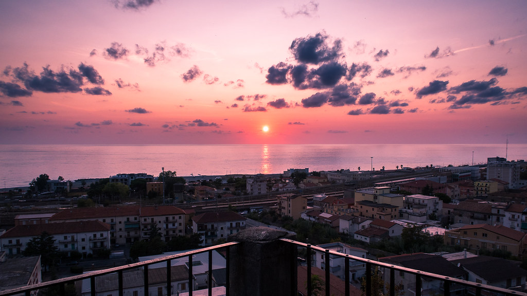 Sunset in Paola - Calabria, Italy - Travel photography