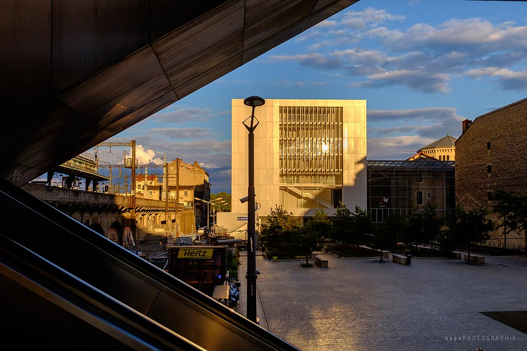 Hotels Near Gare De Lyon Station