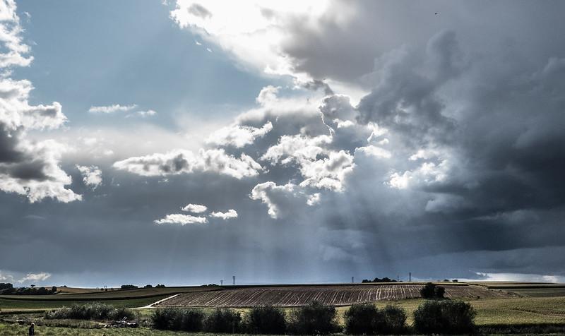 Soir d'orage (sans désespoir ...) 36446527383_02e8c3fc6a_c