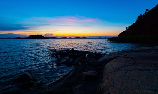 September sunset blues