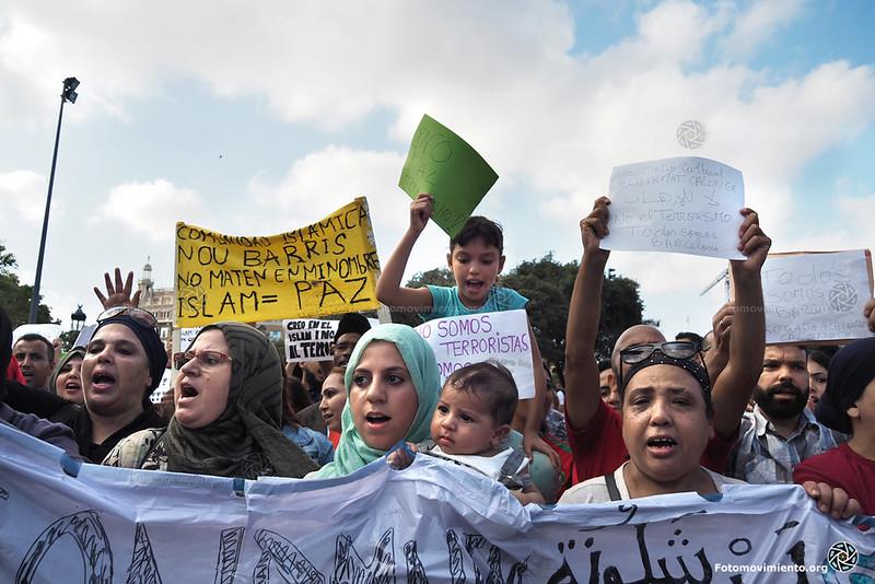 2017_08_21-Manifestación de la Comunidad Musulmana en contra del Terrorismo-Pedro Mata (01)