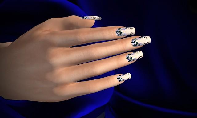 Floral Gacha Nails