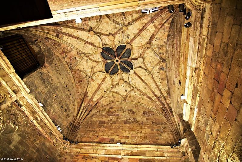 Monasterio de Santa María la Real e iglesia de San Salvador de Cantamuda por Roberto García