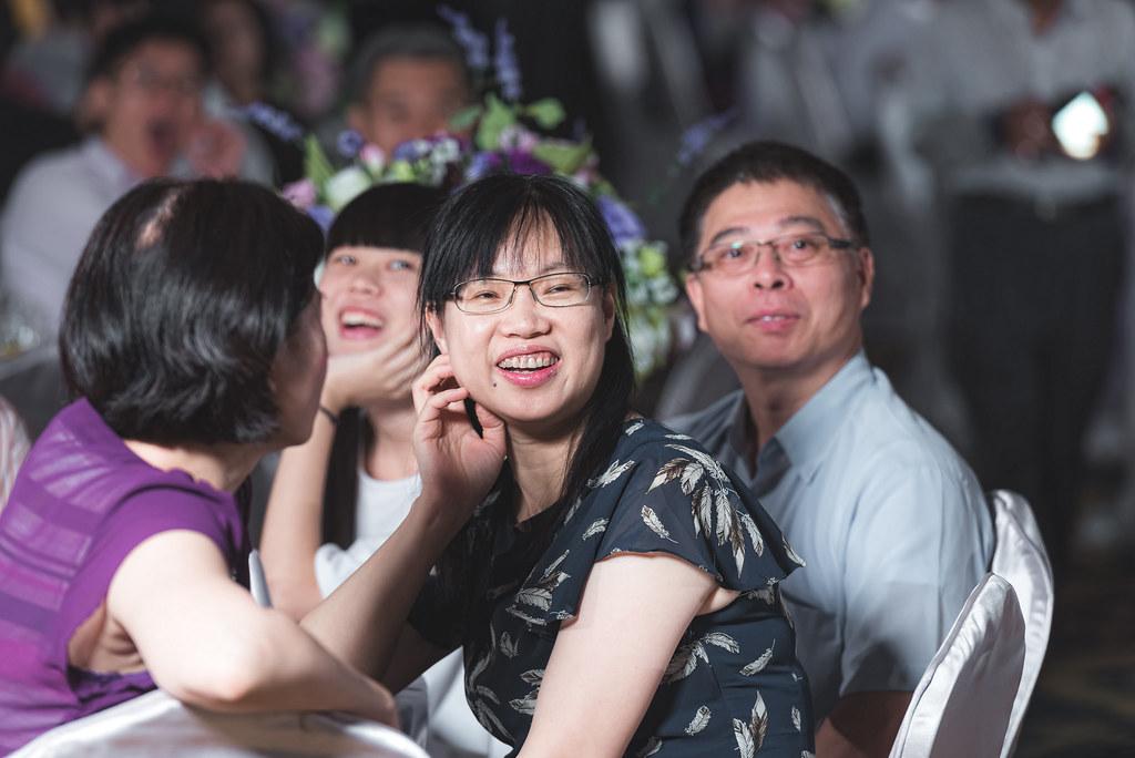 彰化婚攝/彰化遇見幸福龍鳳褂婚禮紀錄 -佳翰&瓊文[Dear studio 德藝影像攝影]