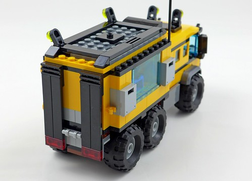 LEGO City Jungle 60160 Jungle Mobile Lab 47