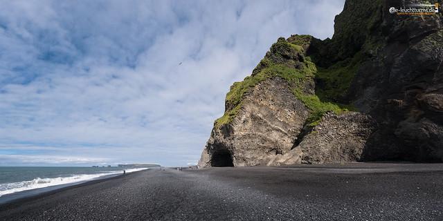 Hálsanefshellir Cave