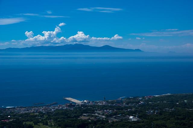 大島から伊豆半島眺望