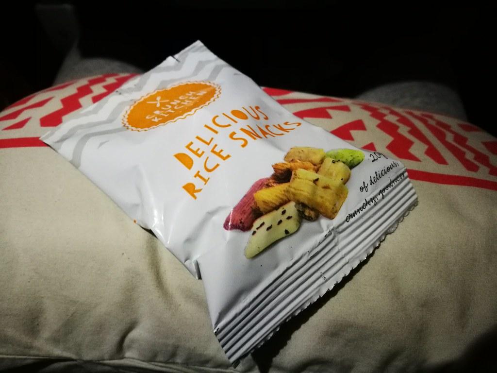 Mid-flight snack