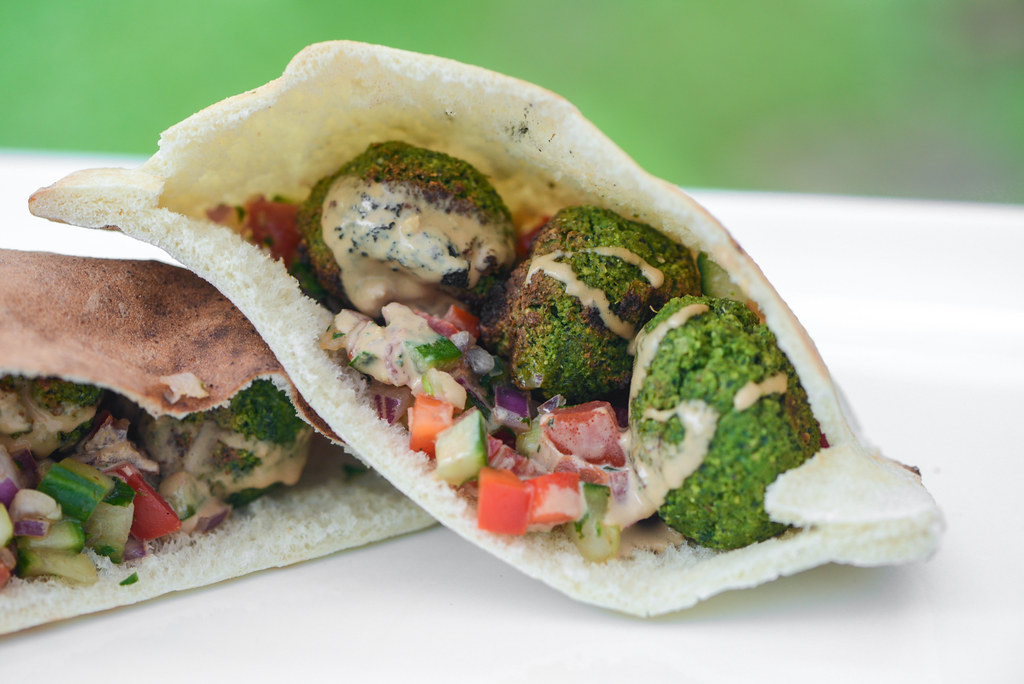 Grilled Falafel Pitas With Israeli Salad And Tahini Sauce Recipe The Meatwave