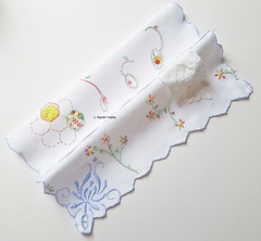 embroidered hankie 10
