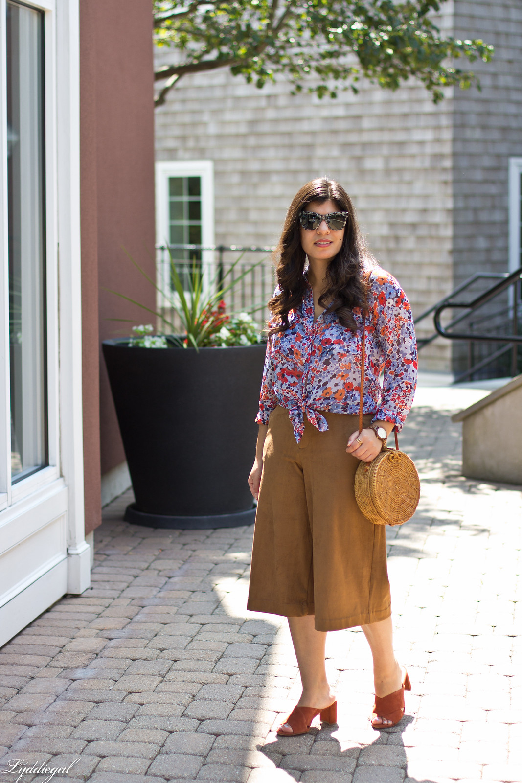 floral equipment blouse, suede culottes, round rattan bag-1