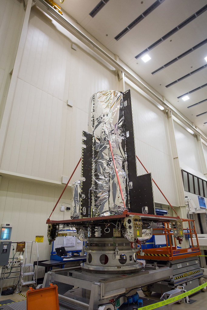 Hellas-Sat-4/SaudiGeoSat-1 in the High Bay