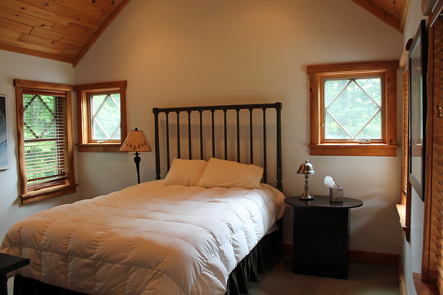 Queen bedroom with private bath;