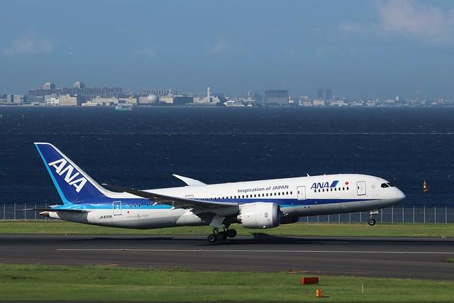 All Nippon Airways B787-8, Canon EOS 80D, Tamron SP 150-600mm f/5-6.3 Di VC USD