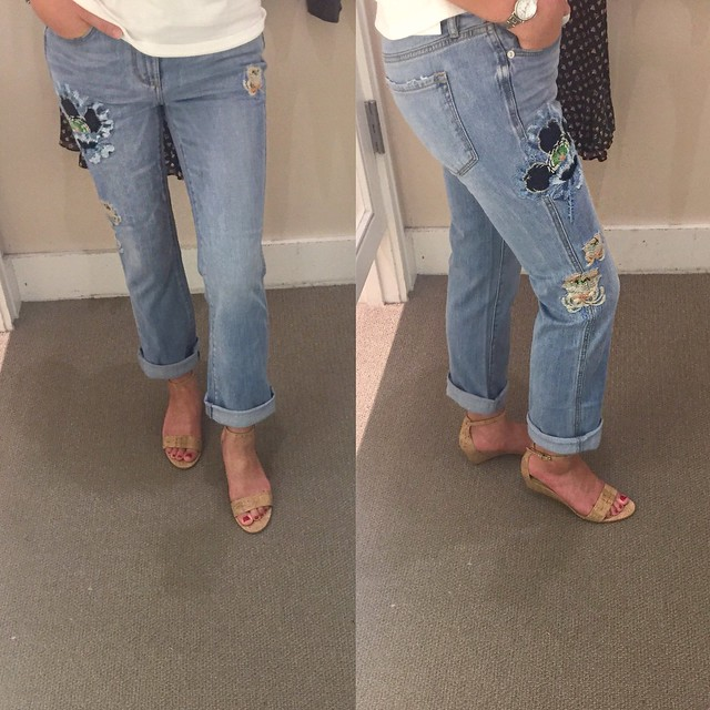 LOFT Floral Embroidered Vintage Straight Jeans in Classic Light Indigo Wash, size 24/00 regular