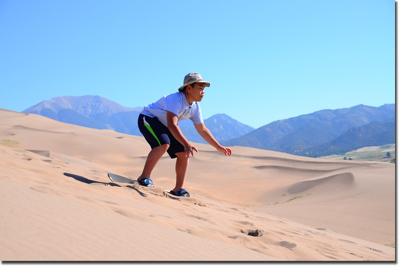 Sledding at Great Sand Dunes  (7)