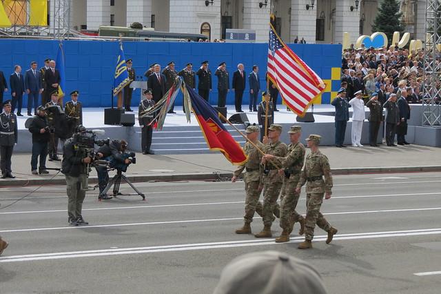 «Парад військ» з нагоди 26-ої річниці Незалежності України