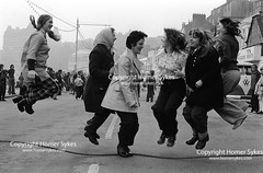 Shrove Tuesday Skipping, Scarborough, Yorkshire. BRITAIN ENGLAND UK FOLK CUSTOMS FOLKLORE