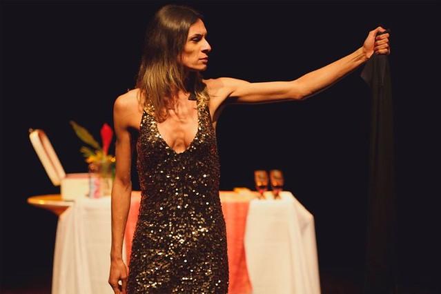 Justiça proíbe exibição de peça que apresenta Jesus como mulher trans
