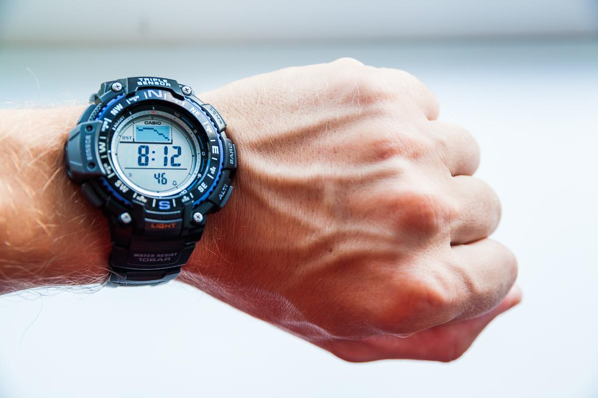 Выбрал часы