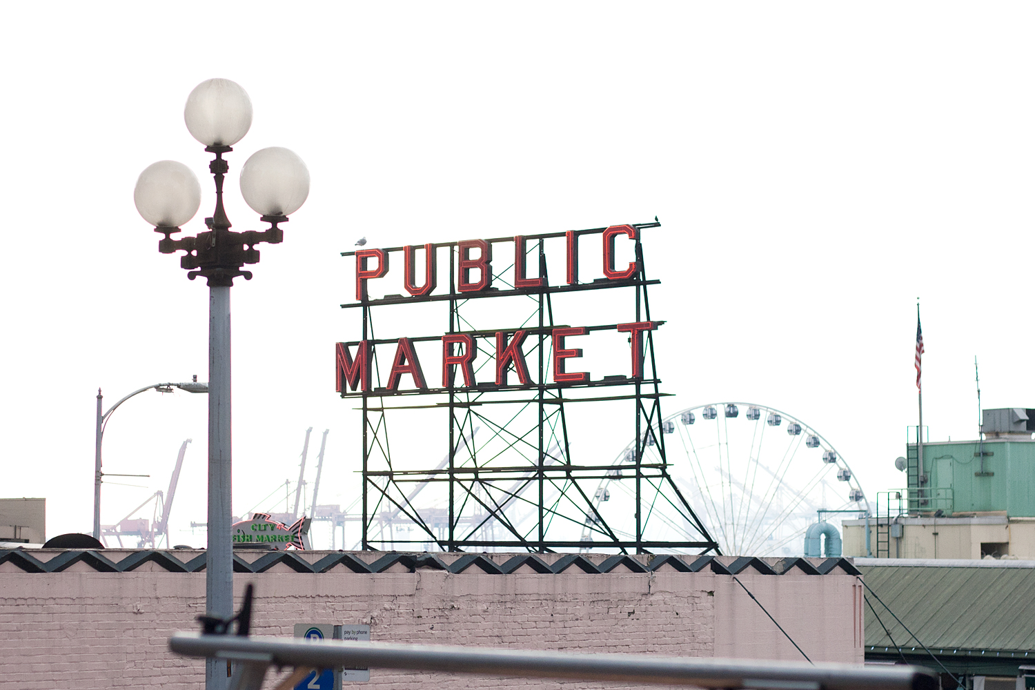 03seattle-pikeplace-publicmarket-travel