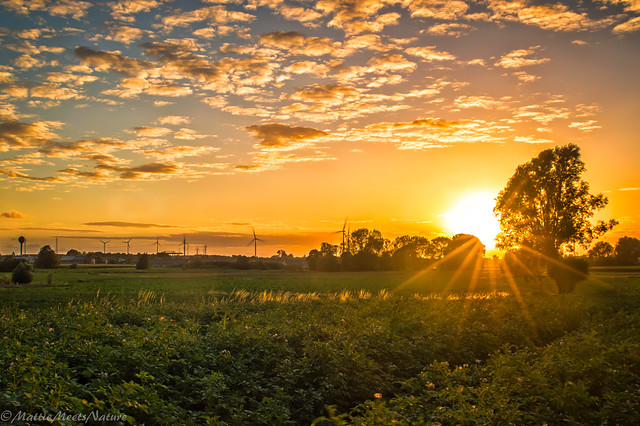 zonsondergang aangepast 2 (1 van 1), Nikon D3200, Sigma 24-70mm F2.8 EX DG Macro