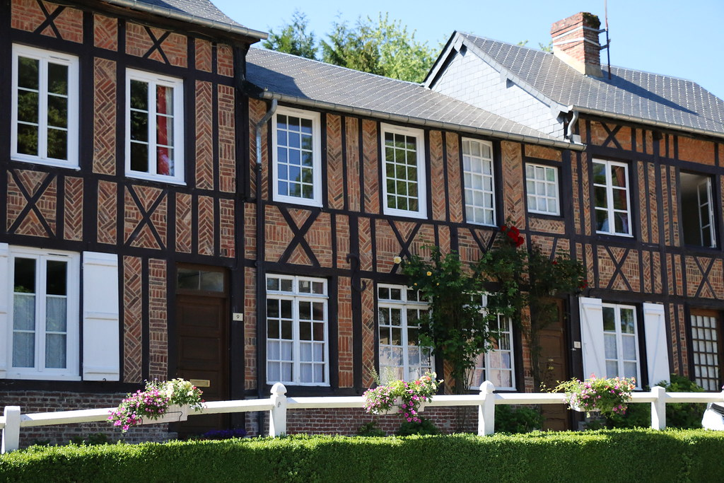 Lyons-La-Forêt Houses