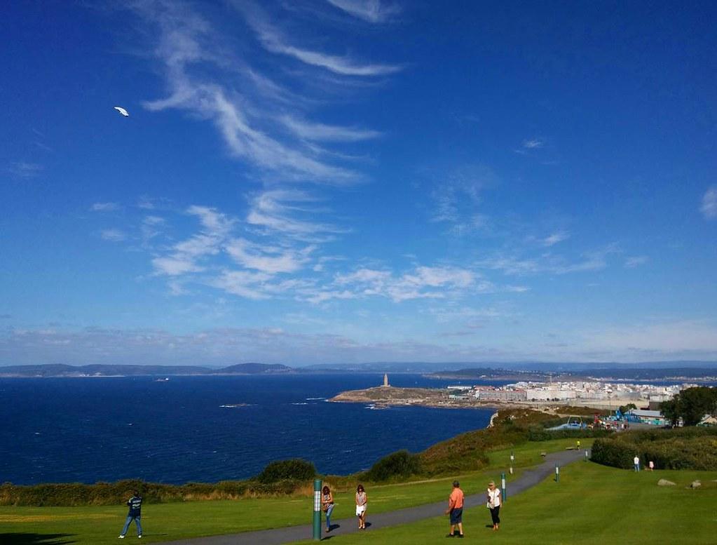 Fotos de domingo 2017. 32/53. #fotosdedomingo_2017 #sanpedro #Coruña #summer2017 #sky #clouds #nofilter #park