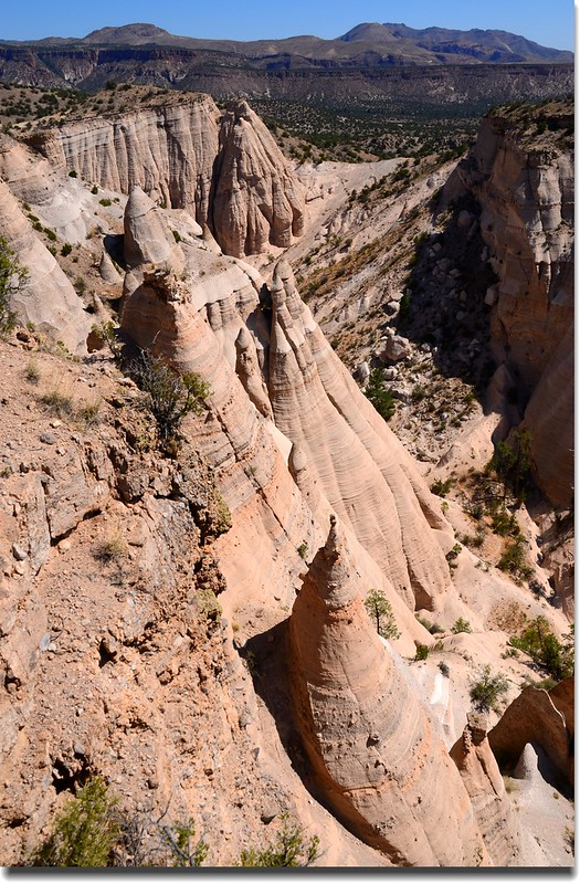 Above the tent rocks, seen from the upper part of the Slot Canyon Trail (15)